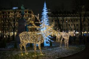 Лазерная инсталляция будет транслировать сообщения на новогодний небосвод над Хельсинки