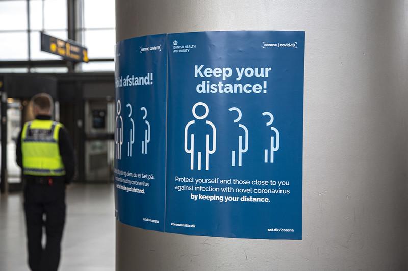 You are currently viewing В соседней Швеции выявлены случаи заражения мутировавшим штаммом коронавирусной инфекции