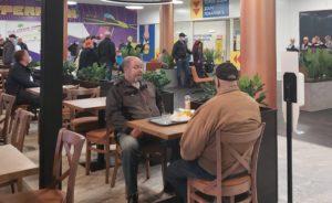 Срок действия ограничений, касающихся работы ресторанов и предприятий общественного питания будет продлен до конца июня