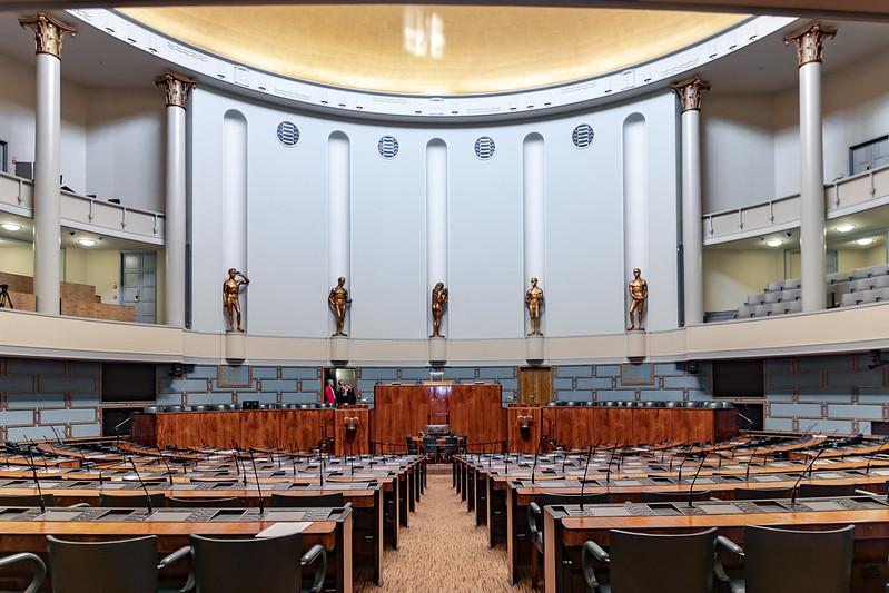 Парламент Финляндии рассмотрит закон о чрезвычайном положении