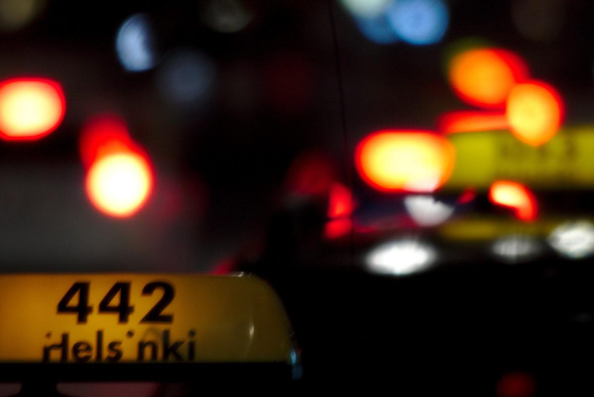 На прививку на такси: KELA компенсирует поездку на вакцинацию