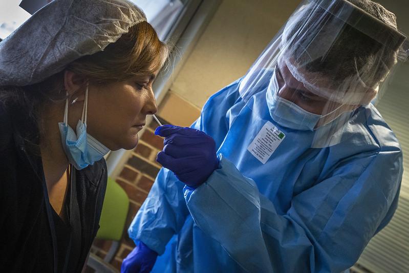 You are currently viewing В Финляндии ежедневно делают около 20 000 тестов на наличие коронавирусной инфекции