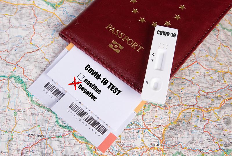 Эстония вводит в оборот паспорт вакцинации