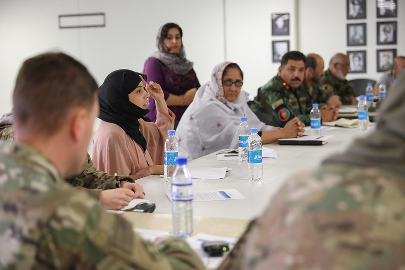 You are currently viewing Министр Хаависто: Финляндия позаботится об афганцах