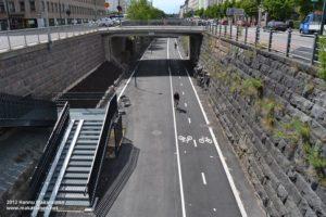 Read more about the article На велотрассе Баана в центре Хельсинки открылся велосипедный центр