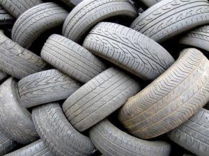 Read more about the article Полиция проведет неделю проверки состояния резины автомобилей