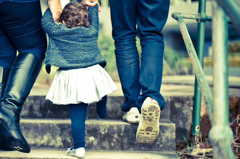 You are currently viewing Затянувшийся кризис стал причиной проблем в семьях с детьми