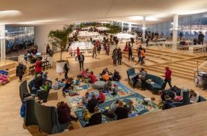 Read more about the article В детском отделе библиотеки Ооди появится интерактивная сказочная стена